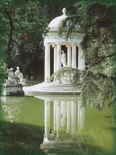 Gazebos, Slytherin Aesthetic, Nature Aesthetic, Villa, Beautiful Architecture, Ancient Greek Architecture, Baroque Architecture, Garden Architecture, Aesthetic Pictures