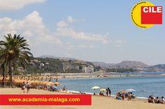 Qué playa más bonita hay en Málaga. Estudia español y disfruta el sol en la playa.  www.academia-malaga.com