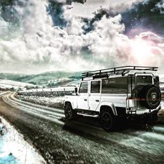 Winter is coming and the Defender is going don't leave it to late get your order in soon when they are gone there gone !!!! 01423 888888 http://ift.tt/1eT7Vc3 Harrogate Yorkshire England  #adventure #autobiography #amazingcars247 #british #car #carporn #carsofinstagram #caroftheday #defender #defenders #defender90 #defender110 #defender130 #f1 #gq #hypebeast #instacars #instagram #instadaily #London #landrover #landroverdefender #landroverexperience #mayfair #mechanical #overfinch #offroad…