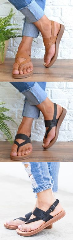 Women Comfortable Venice Sandals - Women's fashion and Women's Bag trends Fashion Flats, Look Fashion, Womens Fashion, Cute Shoes, Me Too Shoes, Mode Outfits, Casual Outfits, Looks Style, My Style