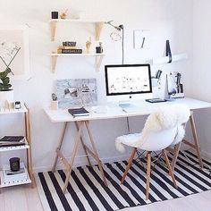 Home Decoration Ideas: Minimal Monochrome Black & White Office Space Inspiration - Simple Workspace Styling (The Design Chaser) Workspace Design, Home Office Design, Home Office Decor, House Design, Home Decor, Office Ideas, Office Setup, Small Workspace, Bureau Design