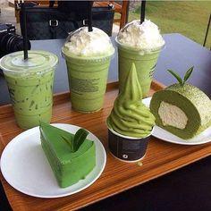 matcha, matcha, and more matcha Think Food, Cute Desserts, Soft Serve, Cafe Food, Greens Recipe, Aesthetic Food, Aesthetic Green, Aesthetic Outfit, Japanese Aesthetic