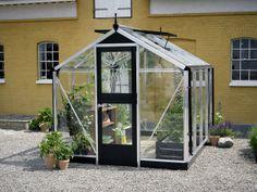 Juliana Compact Greenhouse