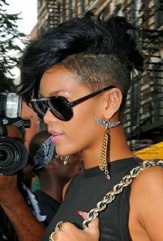Rihanna street style 2008