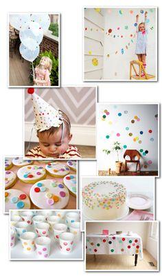 Festa com tema Confetti Rainbow First Birthday, Little Girl Birthday, First Birthday Parties, Birthday Party Themes, Sprinkle Party, Sprinkle Shower, Polka Dot Party, Happy 1st Birthdays, Blue Dots
