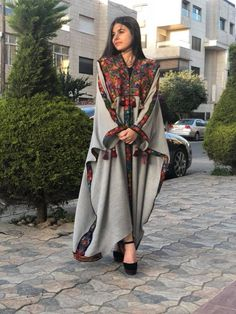 Iranian Women Fashion, Islamic Fashion, Muslim Fashion, Ethnic Fashion, African Fashion, Boho Fashion, Mode Abaya, Mode Hijab, Abaya Fashion