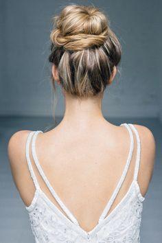 Amazing Dutt by LaChia #updo #bighair #hair #mua #bridalhair #brautfrisur #tocado #headpiece #updo #Duett