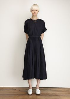 pleats dress in navy
