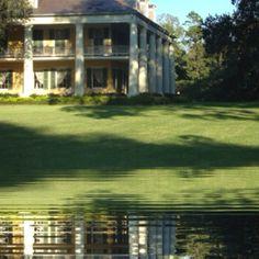 Louisiana Plantation Cajun French, Louisiana Plantations, Plantation Houses, Historical Architecture, Southern Belle, Dream Houses, Countryside, Georgia, Places To Go