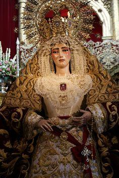 Besamanos - Virgen de las Mercedes (Santa Genoveva) - Septiembre 2010 by Lito A. R., via Flickr