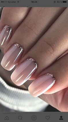 Pink nail polish with glitter nail art - Nageldesign - Nail Art - Nagellack - Nail Polish - Nailart - Nails - Makeup Light Colored Nails, Light Nails, Gorgeous Nails, Pretty Nails, Pretty Toes, How To Do Nails, My Nails, S And S Nails, Gel Nails With Tips