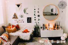 Best College Bedroom Decoration – My Life Spot Living Room Decor, Bedroom Decor, Modern Bedroom, Halloween 2018, Halloween Inspo, Happy Halloween, Halloween Room Decor, Boho Room, Aesthetic Rooms