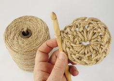 Have you noticed that natural jute decor is bang on trend right now? In this tutorial, you'll learn how to crochet the rounds and create a stunning contrast between the natural jute and metallic. Coaster Crafts, Wall Hanging Crafts, Jute Crafts, Crochet Doily Patterns, Jute Twine, Weaving Art, Crochet Round, Knitting Yarn, Basket Weaving