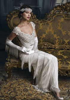 Eliza Jane Howell Bridal The Leading Lady Eliza Jane Howell Nupcial La dama principal 20s Fashion, Vintage Fashion, Fashion Styles, Bridal Gowns, Wedding Gowns, Wedding Cakes, Vintage Dresses, Vintage Outfits, 20s Dresses