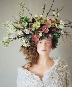 {Anna Korkobcova & Ivanka Matsuba Collaborate With Stunning Fresh Floral Art | Cranberry, Green, Blush, White Clematis, White Dianthus, Greenery/Foliage, + Very Interesting & Beautiful Placement Of Branches, Twigs, & Dried Grapevine | Photography: Zack Piánko, Makeup: Katie Nash··········································}
