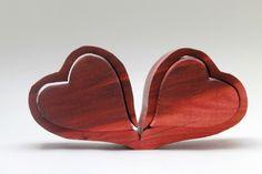 Holzherzen~Hochzeitsdeko~Tischdeko von pfiati - mit Liebe zum Holz auf DaWanda.com