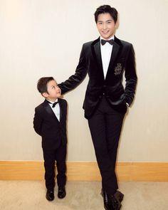 DADDY and SON coming SOON hahhahahahahaha 🐒 #杨洋 #yangyang #父子