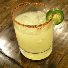 A surprisingly delicious and not too spicy twist on the classic margarita. Jalapeno Margarita, Margarita Mix, Margarita Recipes, Cocktail Recipes, Cocktails, Recipe For 1, My Best Recipe, Olive Garden Italian Margarita Recipe, Jose Cuervo Margarita