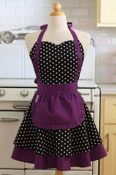 Apron French Maid Polka Dot with Purple Double Circle Skirt Retro Apron Patterns, Apron Pattern Free, Vintage Apron Pattern, Aprons Vintage, Dress Patterns, Fabric Patterns, Custom Aprons, Sewing Aprons, Apron Designs