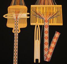 Vesterheim Fiber Arts: Norwegian pick-up bandweaving Inkle Weaving, Weaving Tools, Inkle Loom, Card Weaving, Weaving Projects, Weaving Art, Tablet Weaving Patterns, Weaving Textiles, Loom Love