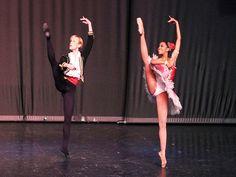 33ª Edição do evento conta com 33 grupos de todo o país para apresentações nas modalidades de balé clássico, moderno e contemporâneo, dança de salão, sapateado e jazz.