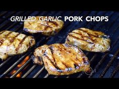 Grilled Garlic Pork Chops Best grilled pork chop recipe that's juicy and tender! Garlic marinade makes pork chops easy grilling. Perfect grilling recipe for outdoors during summer. Garlic Recipes, Pork Chop Recipes, Grilling Recipes, Best Grilled Pork Chops, Barbecue, Pork Loin Chops, Juicy Steak, How To Eat Better, Chops Recipe