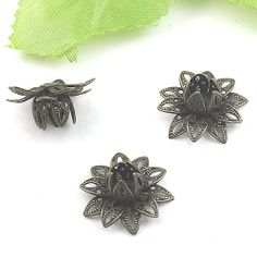 20pcs  Antique Brass Brass Made 3D Flower Lotus G0163 by ministore, $3.80