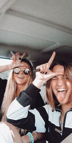 See more of relatablemoods's content on VSCO. Bff Goals, Best Friend Goals, Cute Friends, Best Friends, Best Friend Pictures, Friend Pics, Bff Pictures, Bff Pics, Gal Pal