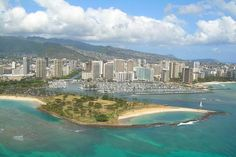 Explore Oahu, Maui, Kauai & Big Island with personalized Hawaii tours package including Pearl Harbor tours, island tours, volcano tours & more. Vacation Places, Vacation Destinations, Vacation Spots, Places To Travel, Go Hawaii, Hawaii Tours, Hawaii Usa, Hawaii Life, Island Tour