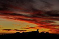 Puesta de sol sobre el Roque Nublo. Gran Canaria