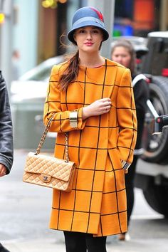 Blair-Waldorf-Style-and-Fashion-Leighton-yellow-grid-coat.jpg (393×590)