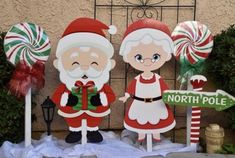 31 The Best Santa Claus Decorations For Your Home Christmas Yard Art, Christmas Yard Decorations, Christmas Wood Crafts, Decorating With Christmas Lights, Noel Christmas, Merry Christmas And Happy New Year, Christmas Ornaments, Christmas Signs, Christmas 2019