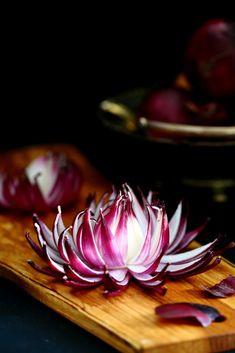 Punasipulista kukaksi - Suklaapossu Ketogenic Recipes, Keto Recipes, Keto Results, Salty Foods, Food Decoration, Keto Dinner, Herbal Remedies, Food Art, Catering