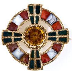 Scottish Agate Brooch/Lang Antiques