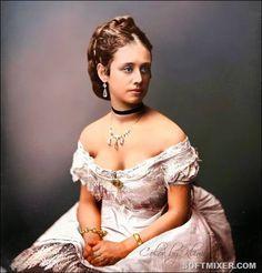 Исторические сюжеты: Женщины XIX века в цветных фотографиях