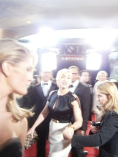 Kate Winslet coolhunted by Diana Lado at Golden Globes 2012