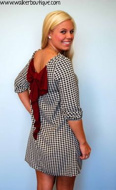 Tailgating in Tuscaloosa Roll Tide in this perfect dress - with a sleeve for the cooler weather!