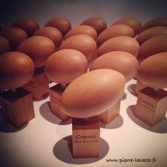 Mini trophées Comité de Rugby des Pays de la Loire. Ballon de rugby en bois