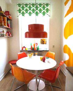 retro dining space