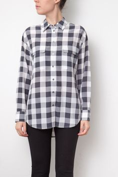 Chemise en soie grise à carreaux Equipment, Button Down Shirt, Men Casual, Plaid, Collection, Mens Tops, Shirts, Fashion, Gray Shirt