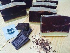 Jabón artesanal de cacao e hinojo, ideal para combatir la celulitis.  #ElGatoHipster #Soap #HandMade