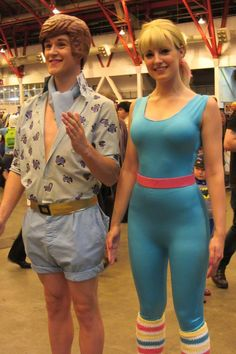 Here are some Halloween costume ideas for couples that won't take a ridiculous amount of time or expense to put together.