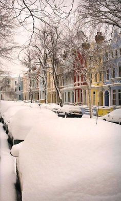 Winter in Notting Hill, London, England. Notting Hill, Snow Scenes, Winter Scenes, Beautiful World, Beautiful Places, Beautiful Buildings, Winter Beauty, London City, London Street