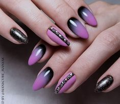 Almond Nails Designs, Toe Nail Designs, Simple Nail Designs, Black And Purple Nails, Purple Ombre Nails, Cute Nail Art, Cute Nails, Nails Today, Nail Effects