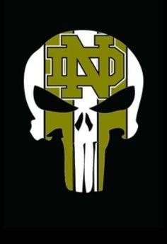 Punisher College Football Logos, Football Odds, Buffalo Bills Football, Sport Football, Notre Dame Logo, Notre Dame Irish, Notre Dame Athletics, Notre Dame Football, Irish Fans