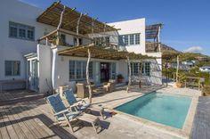 Mediterranean Villa on the finest Hilltop stand!