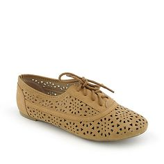 Nature Breeze Cambridge-04 tan perforated vegan leather shoe and other flat lace-up oxford shoes at shiekhshoes.com with free shipping anywhere in the continental U.S. on orders $75 or more.