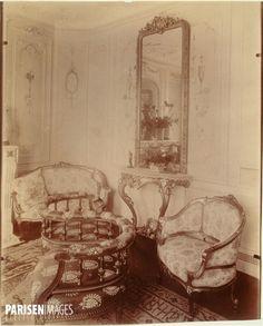 Intérieur de Monsieur M., financier, avenue Elisée-Reclus, Champ-de-Mars , Paris (VIIème arr.), 1910. Photographie d'Eugène Atget (1857-1927). Paris, musée Carnavalet.