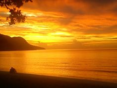 Seychelles sunset as taken by me