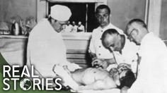A medical experiment in progress at Buchenwald concentration camp, World War II Anne Frank, Buchenwald Concentration Camp, Ap World History, History Facts, American History, Wtf Fun Facts, Random Facts, Strange Facts, Crazy Facts